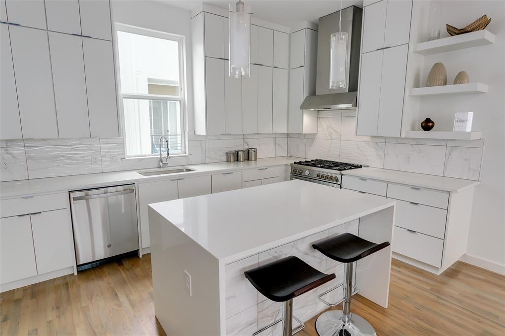 1510 Washington Avenue, Dallas, Texas 75204 - acquisto real estate best celina realtor logan lawrence best dressed realtor
