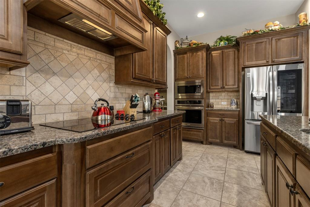 409 Foxtail Court, Waxahachie, Texas 75165 - acquisto real estate best highland park realtor amy gasperini fast real estate service