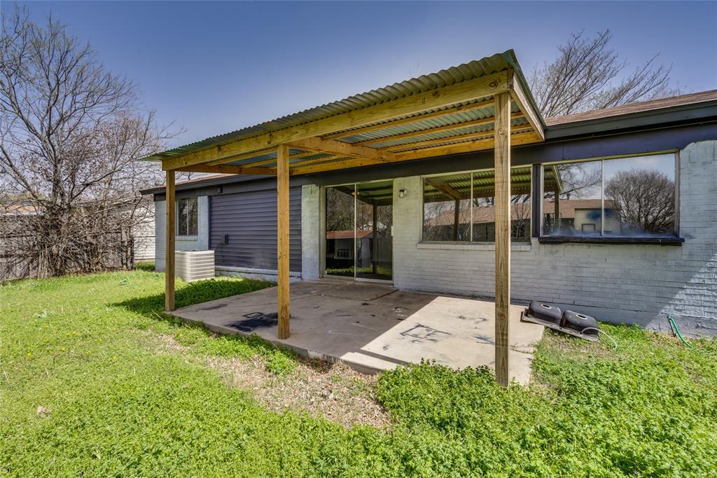 2213 Biscayne Drive, Irving, Texas 75060 - acquisto real estate smartest realtor in america shana acquisto