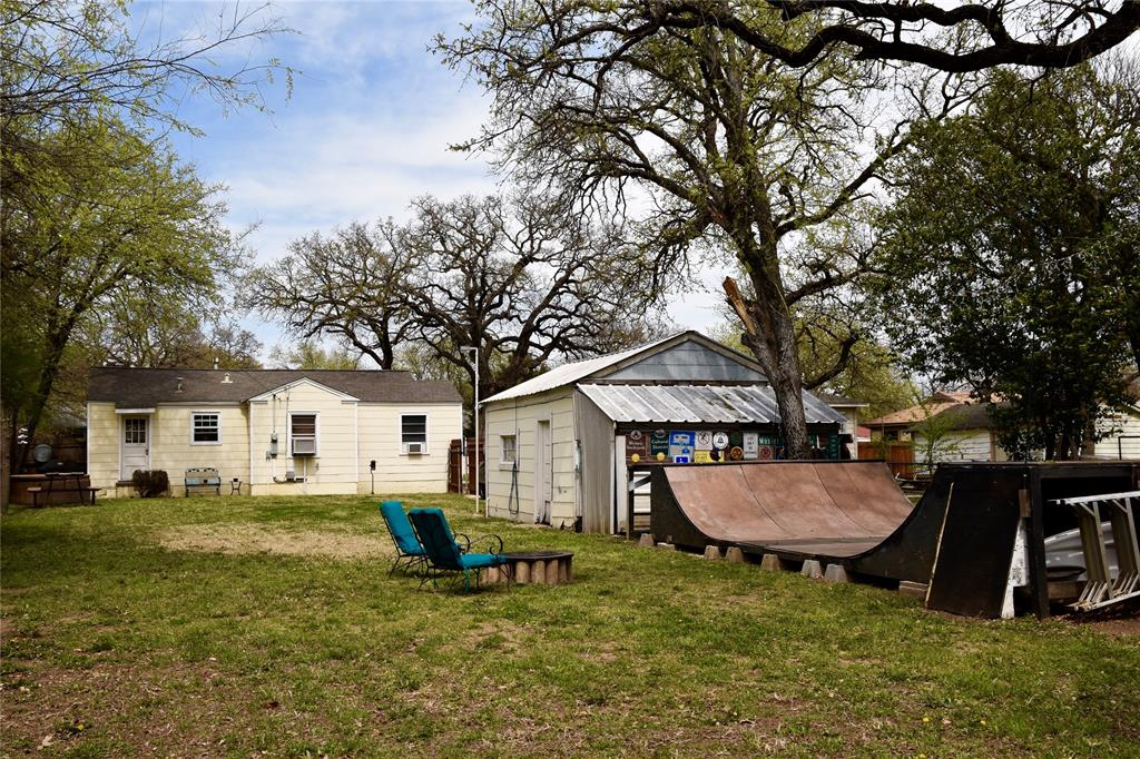 5025 Tulane Avenue, River Oaks, Texas 76114 - acquisto real estate best designer and realtor hannah ewing kind realtor
