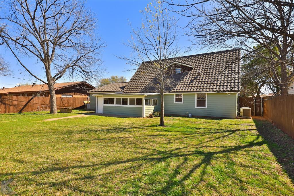 1902 Beechwood Lane, Abilene, Texas 79603 - acquisto real estate agent of the year mike shepherd