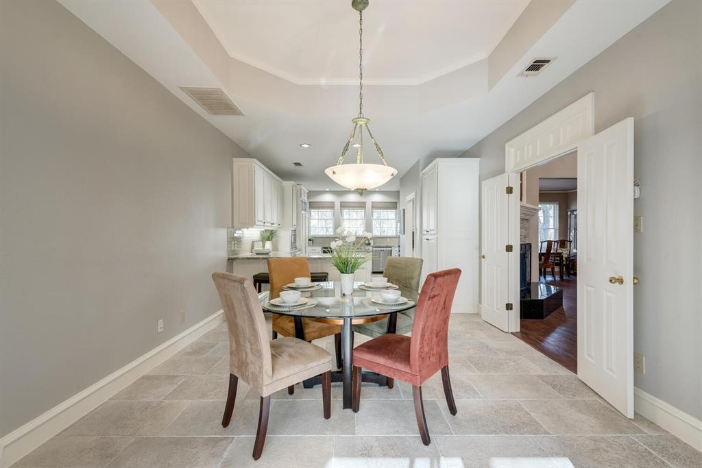 202 Rochelle Court, Colleyville, Texas 76034 - acquisto real estate best real estate company to work for