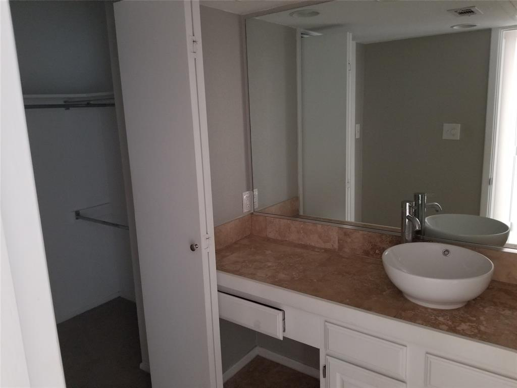 4203 Holland Avenue, Dallas, Texas 75219 - acquisto real estate best highland park realtor amy gasperini fast real estate service