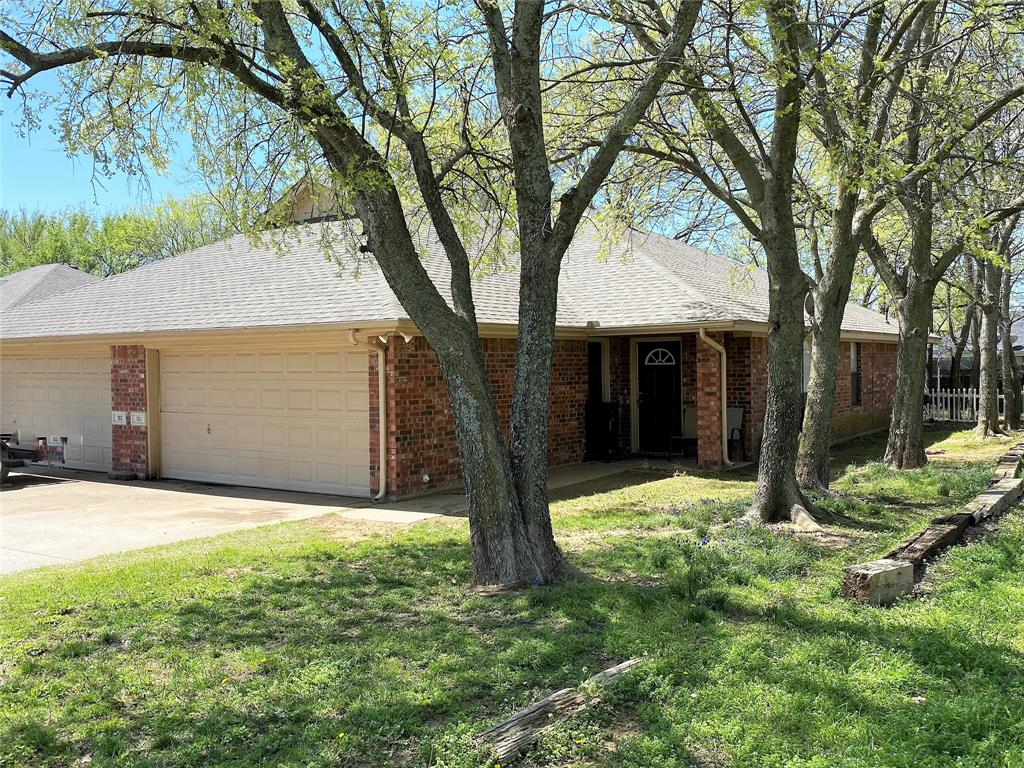 100-102 Honey Bee Drive, Joshua, Texas 76058 - Acquisto Real Estate best plano realtor mike Shepherd home owners association expert