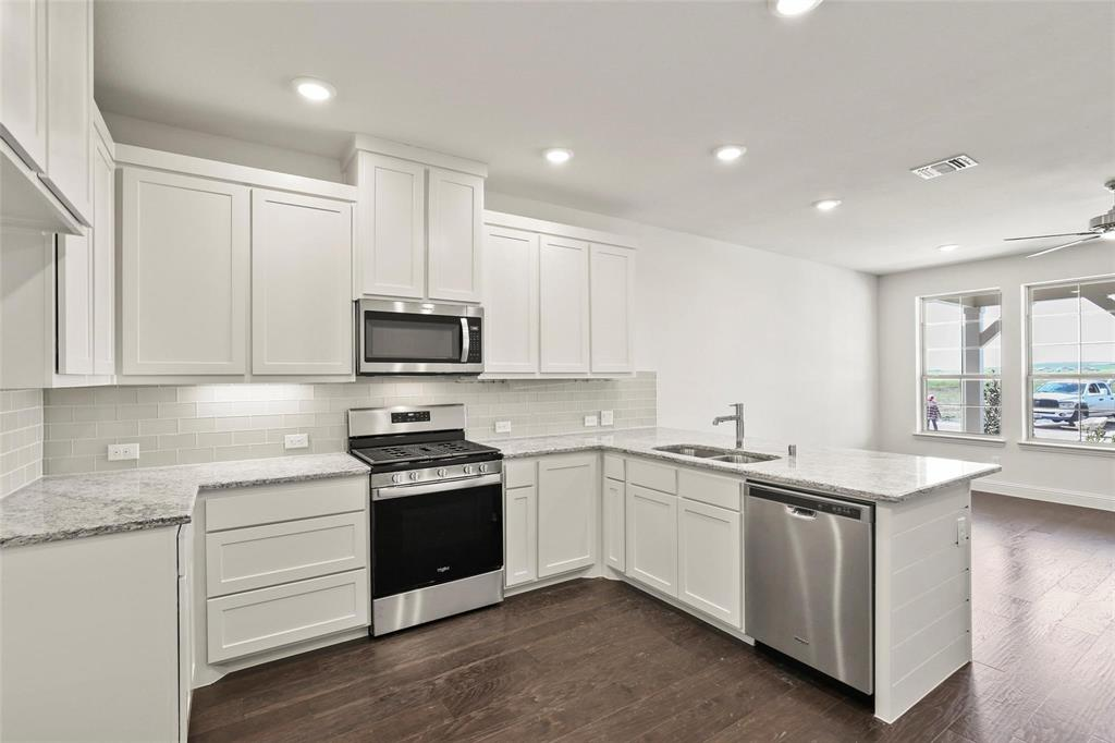 4723 Smokey Quartz Lane, Arlington, Texas 76005 - acquisto real estate best highland park realtor amy gasperini fast real estate service
