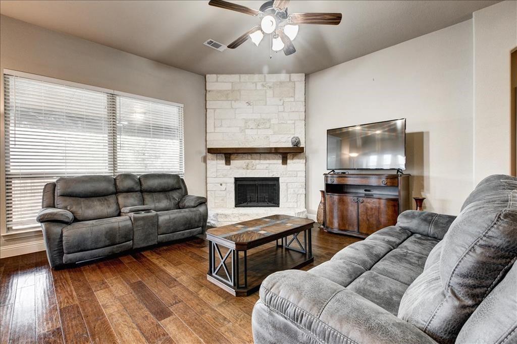 5820 Park View  Drive, Midlothian, Texas 76065 - acquisto real estate mvp award real estate logan lawrence