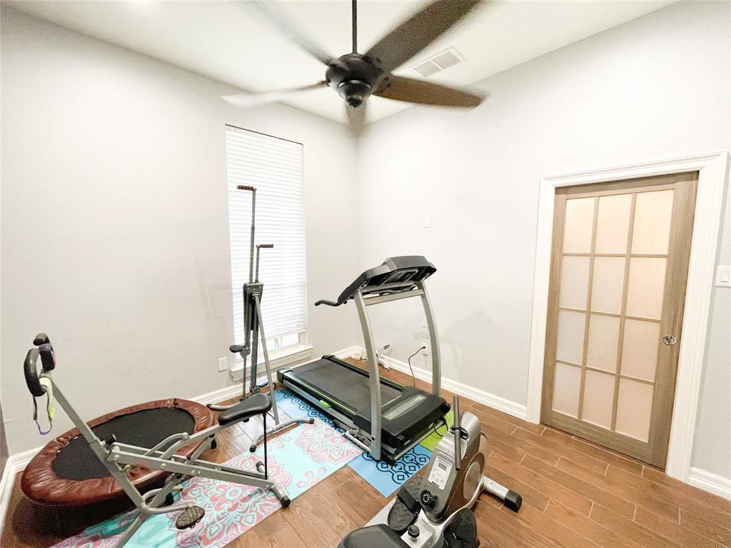 8633 Deepwood Lane, Fort Worth, Texas 76123 - acquisto real estate best negotiating realtor linda miller declutter realtor