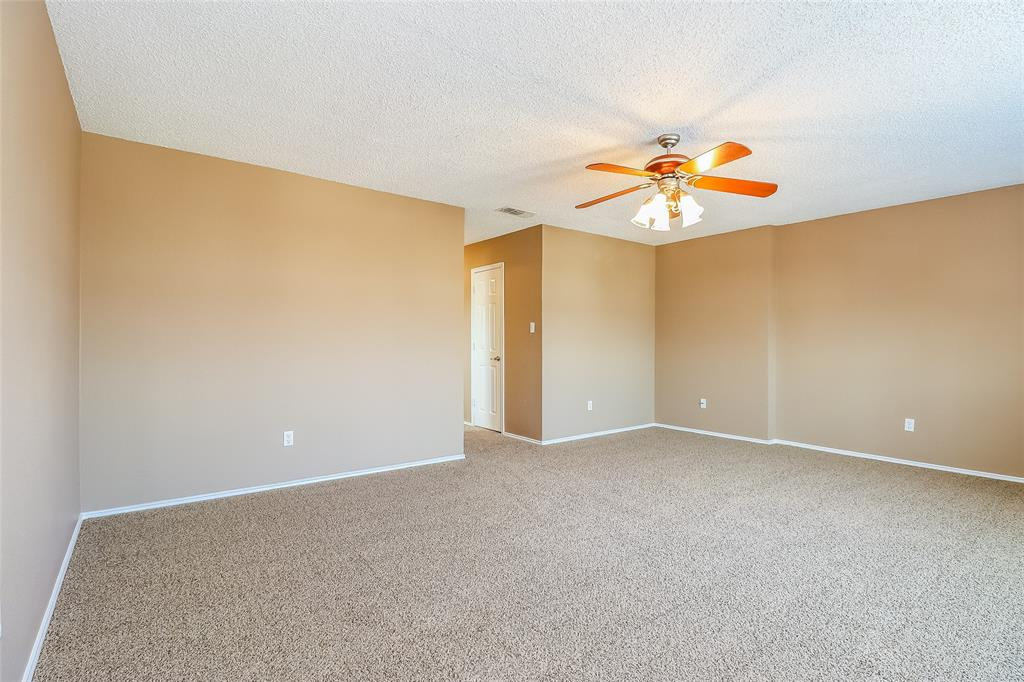 10636 Towerwood  Drive, Fort Worth, Texas 76140 - acquisto real estate best highland park realtor amy gasperini fast real estate service