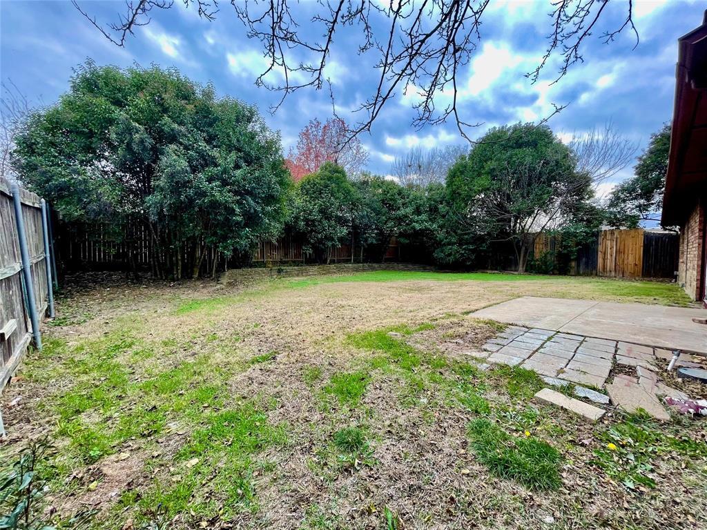 2226 Pennington  Drive, Arlington, Texas 76014 - acquisto real estate best plano real estate agent mike shepherd