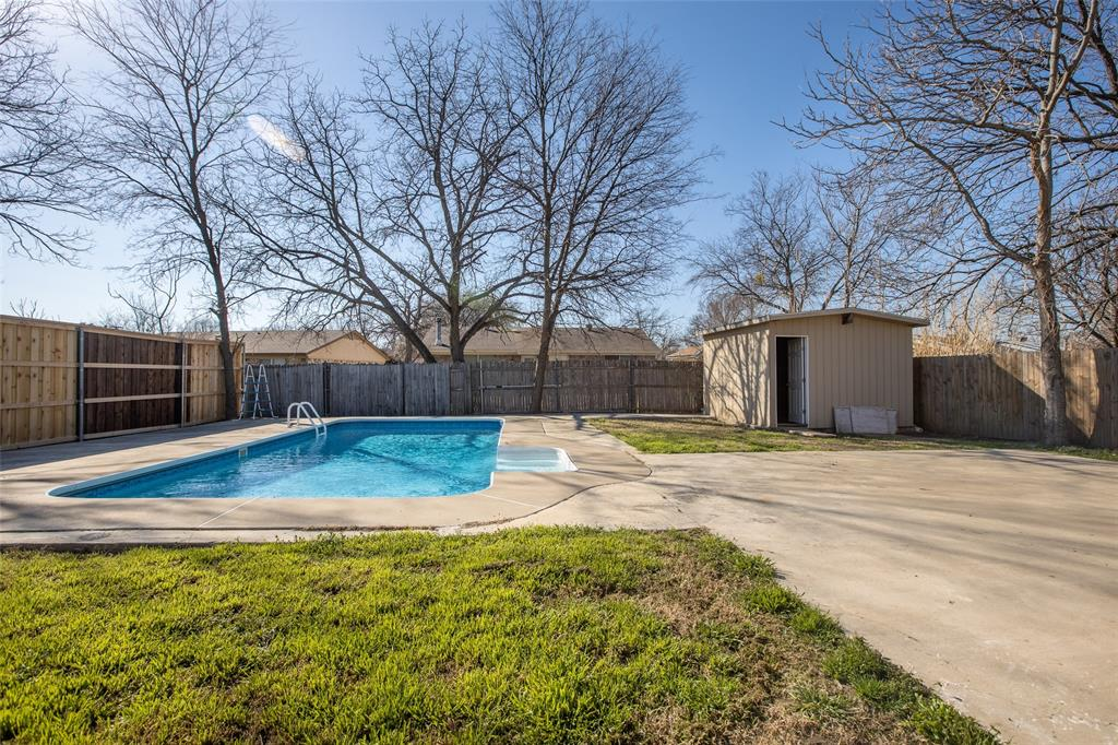 10125 Peppertree Lane, Fort Worth, Texas 76108 - acquisto real estate best realtor dfw jody daley liberty high school realtor