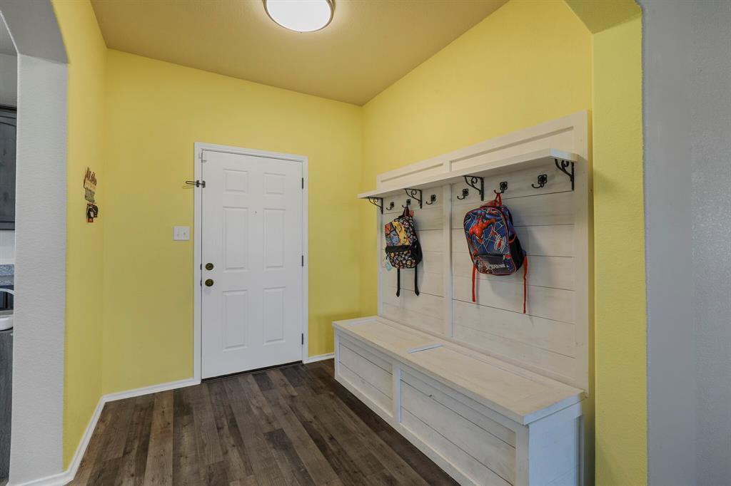 166 Blue Sky Lane, Springtown, Texas 76082 - acquisto real estate best prosper realtor susan cancemi windfarms realtor