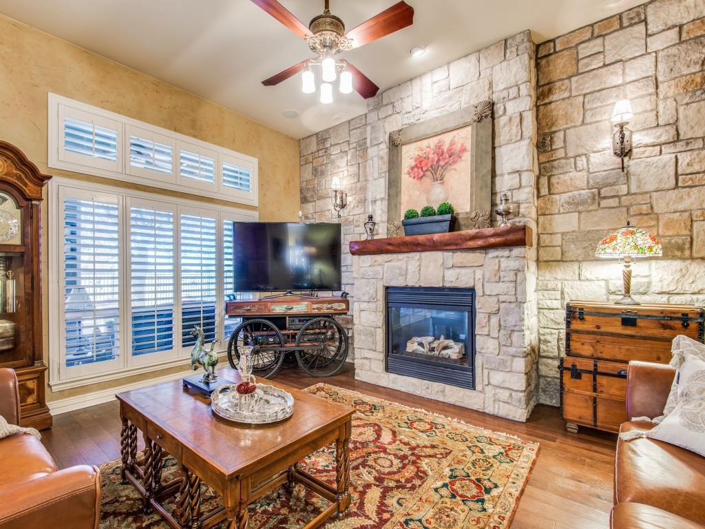 9005 Crestview Drive, Denton, Texas 76207 - acquisto real estate best highland park realtor amy gasperini fast real estate service