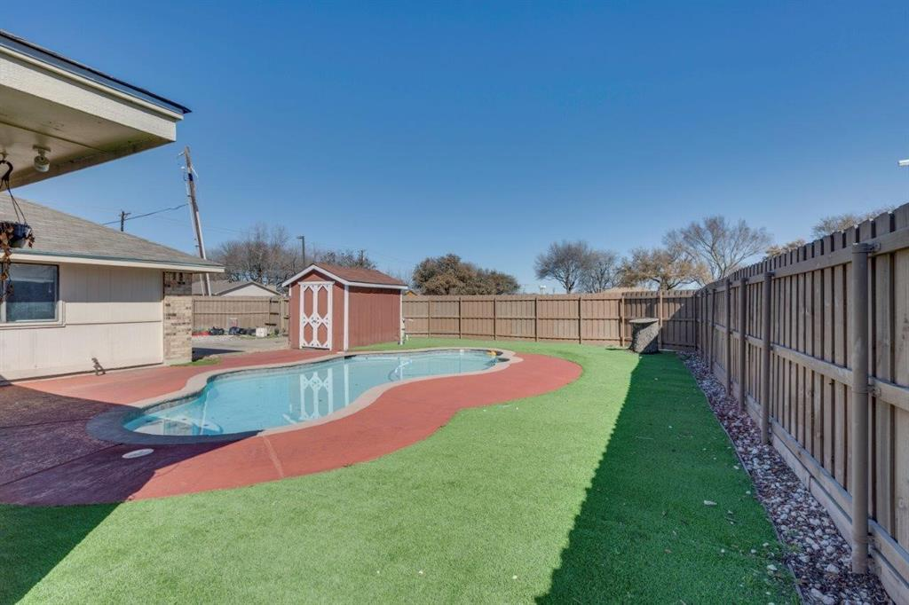 3501 Amber Avenue, Rowlett, Texas 75088 - acquisto real estate best plano real estate agent mike shepherd