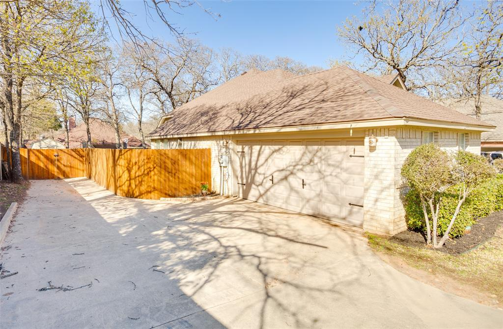 1341 Spinnaker Lane, Azle, Texas 76020 - acquisto real estate nicest realtor in america shana acquisto