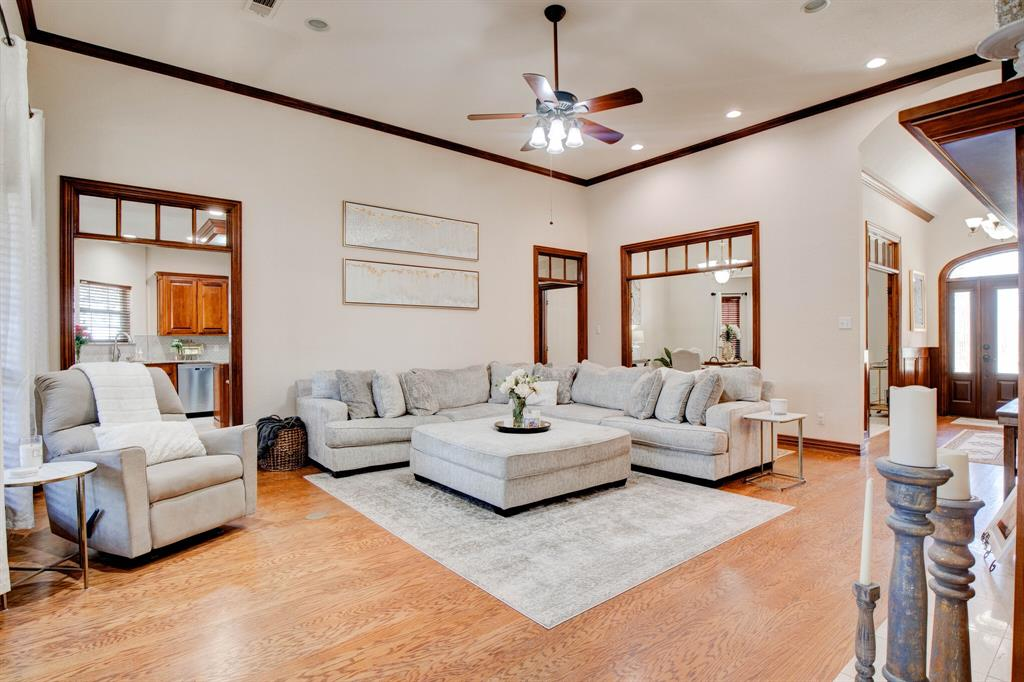 1805 Westhill Drive, Cleburne, Texas 76033 - acquisto real estate best luxury buyers agent in texas shana acquisto inheritance realtor