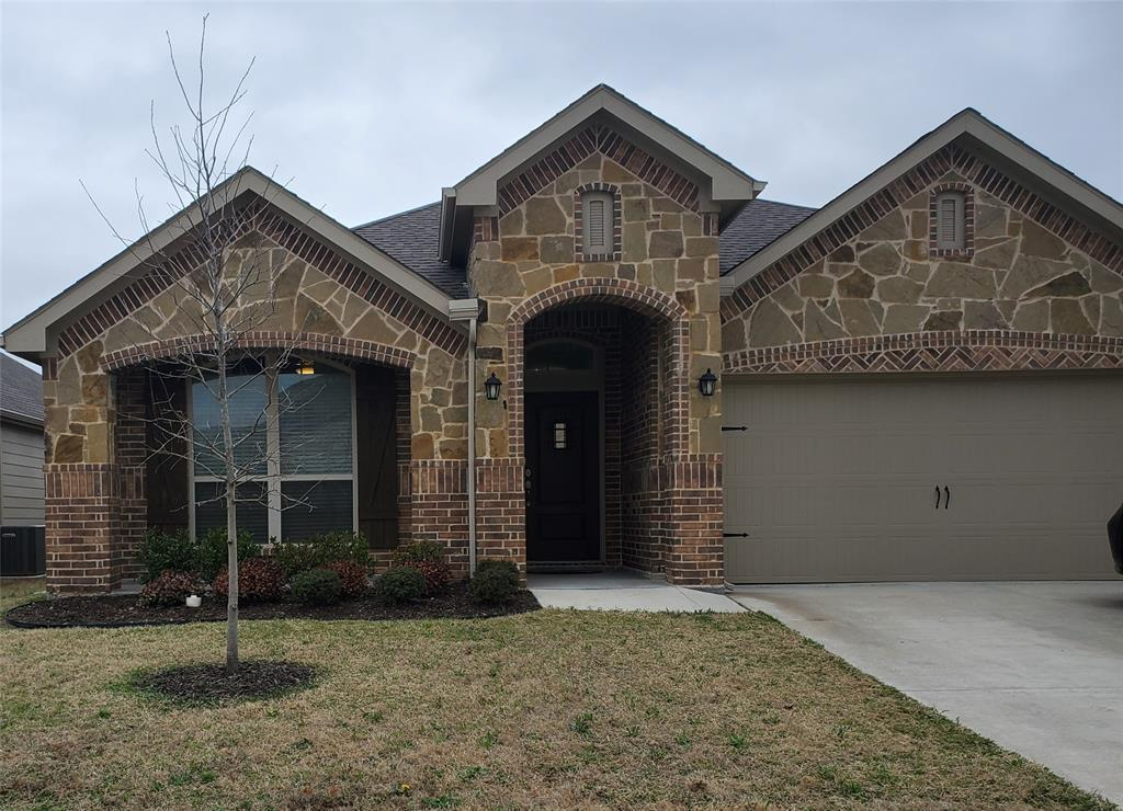 1913 Rio Costilla Road, Fort Worth, Texas 76131 - Acquisto Real Estate best plano realtor mike Shepherd home owners association expert