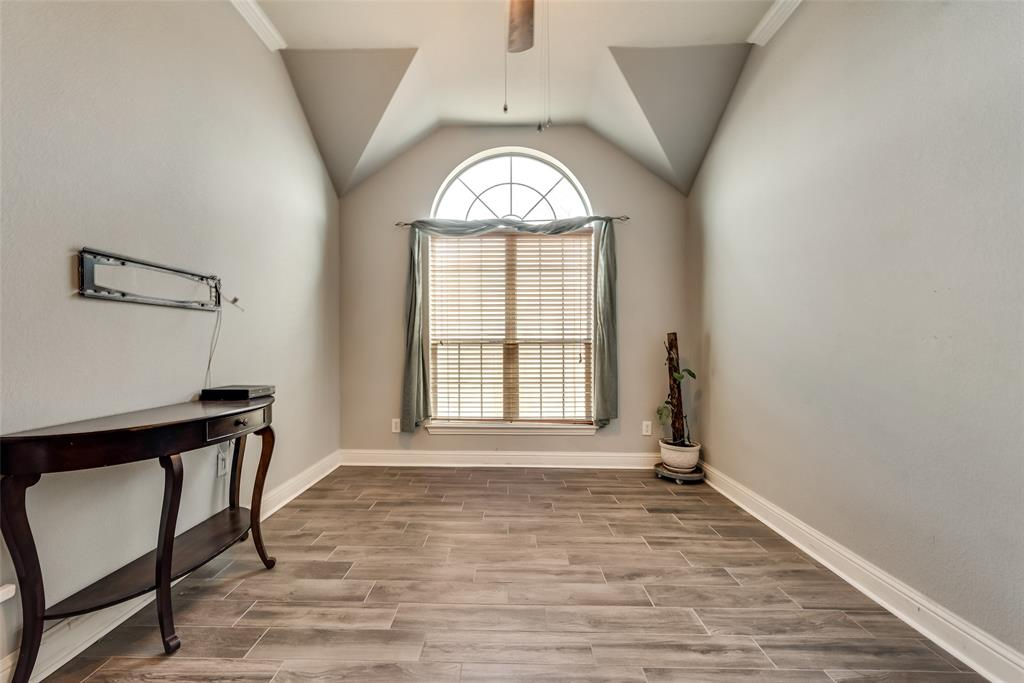 402 Champions Court, Crandall, Texas 75114 - acquisto real estate best celina realtor logan lawrence best dressed realtor