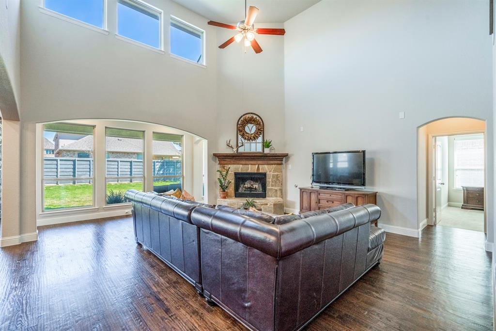 837 Fireside  Drive, Little Elm, Texas 76227 - acquisto real estate best highland park realtor amy gasperini fast real estate service
