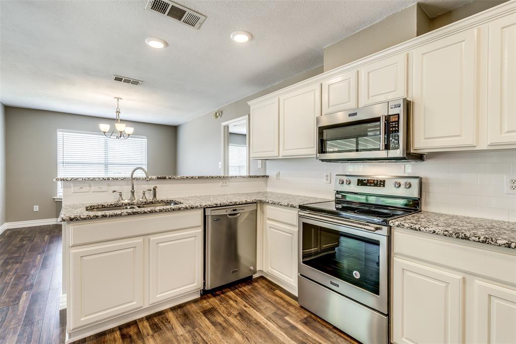 823 Ogden Drive, Arlington, Texas 76001 - acquisto real estate best designer and realtor hannah ewing kind realtor