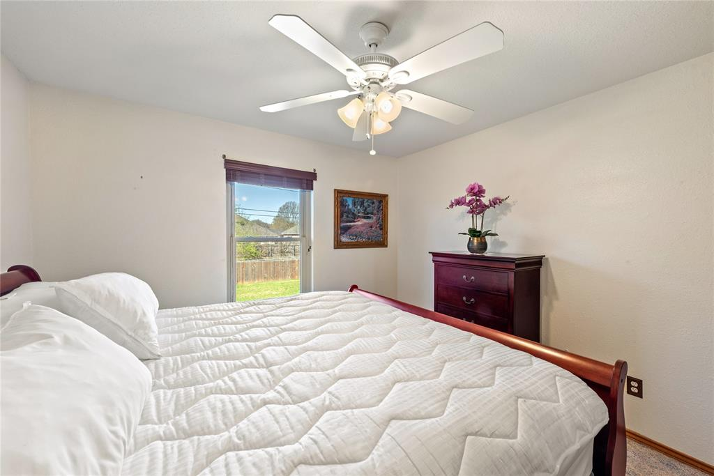 7928 Clear Brook Circle, Fort Worth, Texas 76123 - acquisto real estate best realtor foreclosure real estate mike shepeherd walnut grove realtor