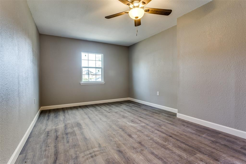 1725 Woodhall Way, Fort Worth, Texas 76134 - acquisto real estate best realtor dallas texas linda miller agent for cultural buyers