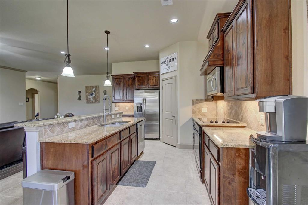 1684 Fraser Drive, Burleson, Texas 76028 - acquisto real estate best highland park realtor amy gasperini fast real estate service