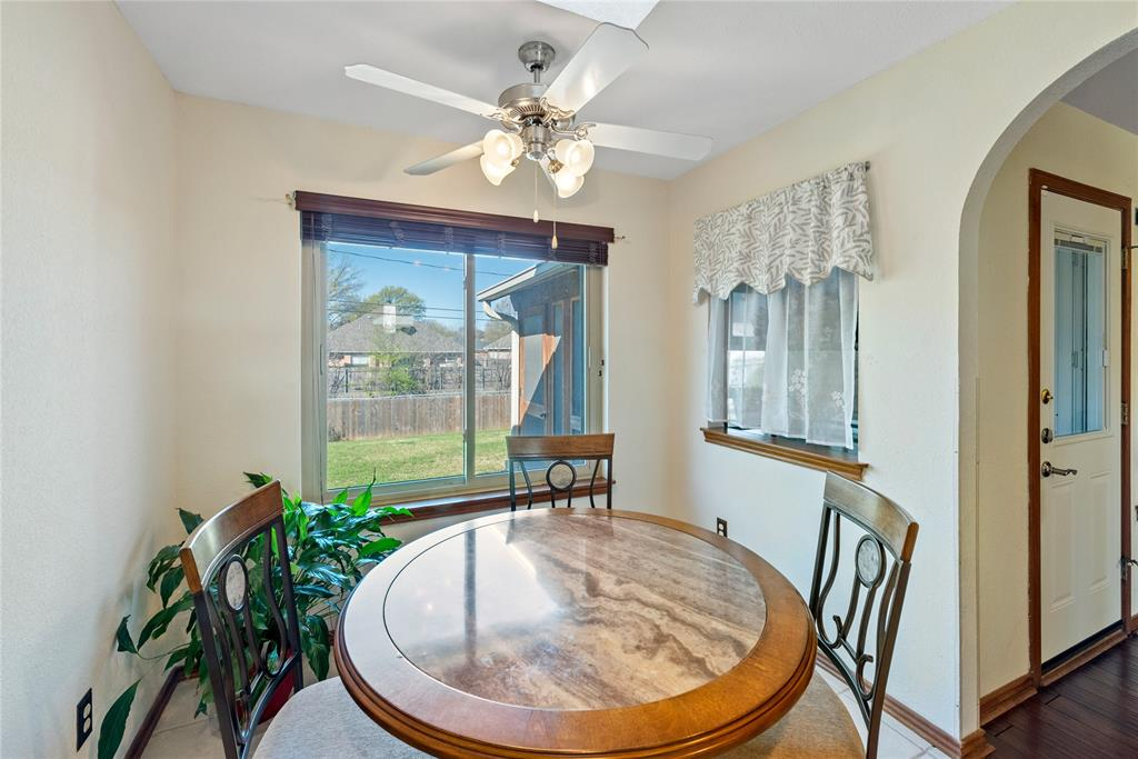 7928 Clear Brook Circle, Fort Worth, Texas 76123 - acquisto real estate best new home sales realtor linda miller executor real estate