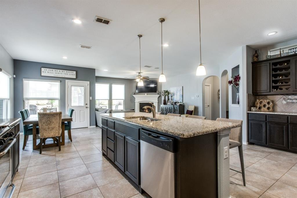 2801 Saddle Creek Drive, Fort Worth, Texas 76177 - acquisto real estate best celina realtor logan lawrence best dressed realtor