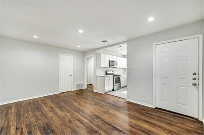 1109 Davis Drive, Arlington, Texas 76013 - acquisto real estate best designer and realtor hannah ewing kind realtor
