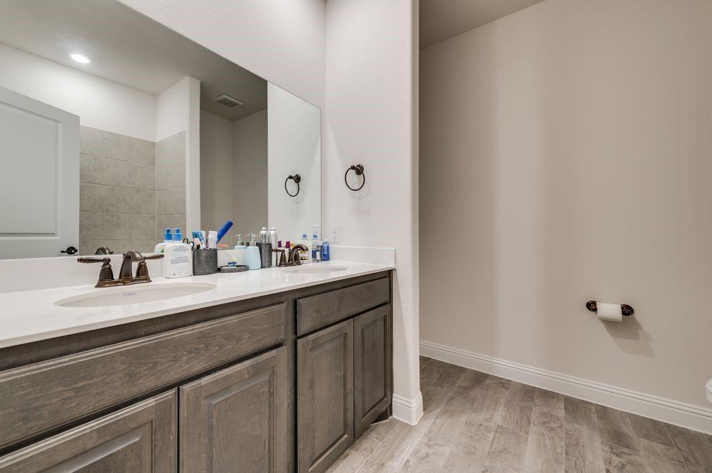 8326 Sitka Street, Frisco, Texas 75035 - acquisto real estate best new home sales realtor linda miller executor real estate