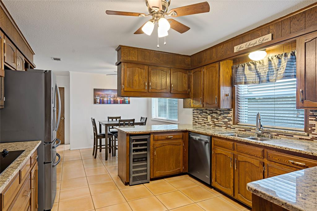 8628 Funtier Court, Fort Worth, Texas 76179 - acquisto real estate best new home sales realtor linda miller executor real estate