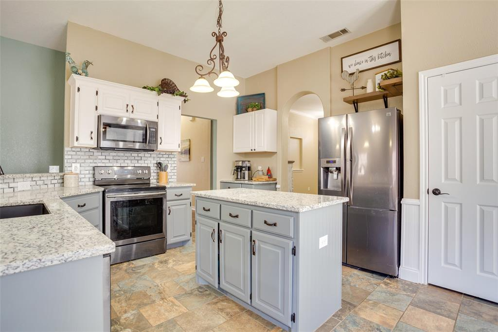 1341 Spinnaker Lane, Azle, Texas 76020 - Acquisto Real Estate best mckinney realtor hannah ewing stonebridge ranch expert