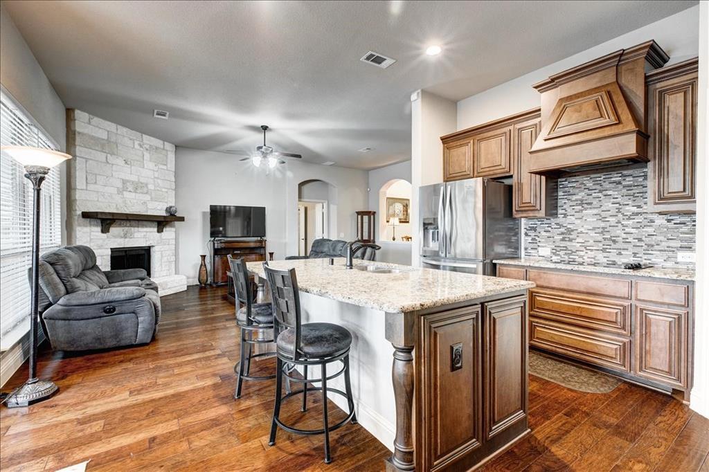 5820 Park View  Drive, Midlothian, Texas 76065 - acquisto real estate best negotiating realtor linda miller declutter realtor