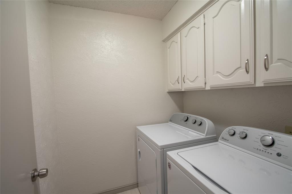 2105 Cologne Drive, Carrollton, Texas 75007 - acquisto real estate best designer and realtor hannah ewing kind realtor