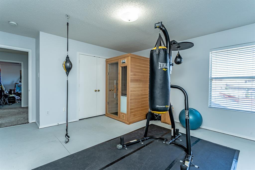 1401 Daisy Drive, Lancaster, Texas 75134 - acquisto real estate best listing photos hannah ewing mckinney real estate expert