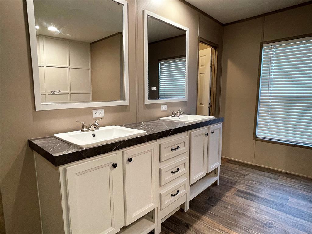 510 San Saba Street, Wortham, Texas 76693 - acquisto real estate best listing agent in the nation shana acquisto estate realtor