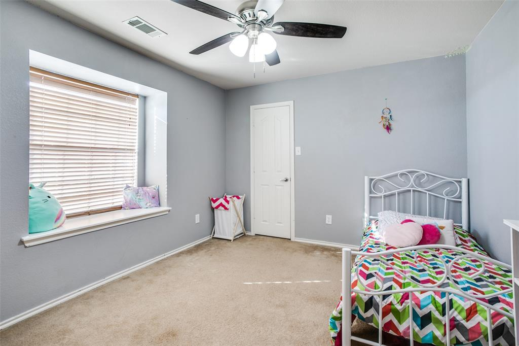 528 Winbridge Lane, Fort Worth, Texas 76052 - acquisto real estate best realtor dallas texas linda miller agent for cultural buyers