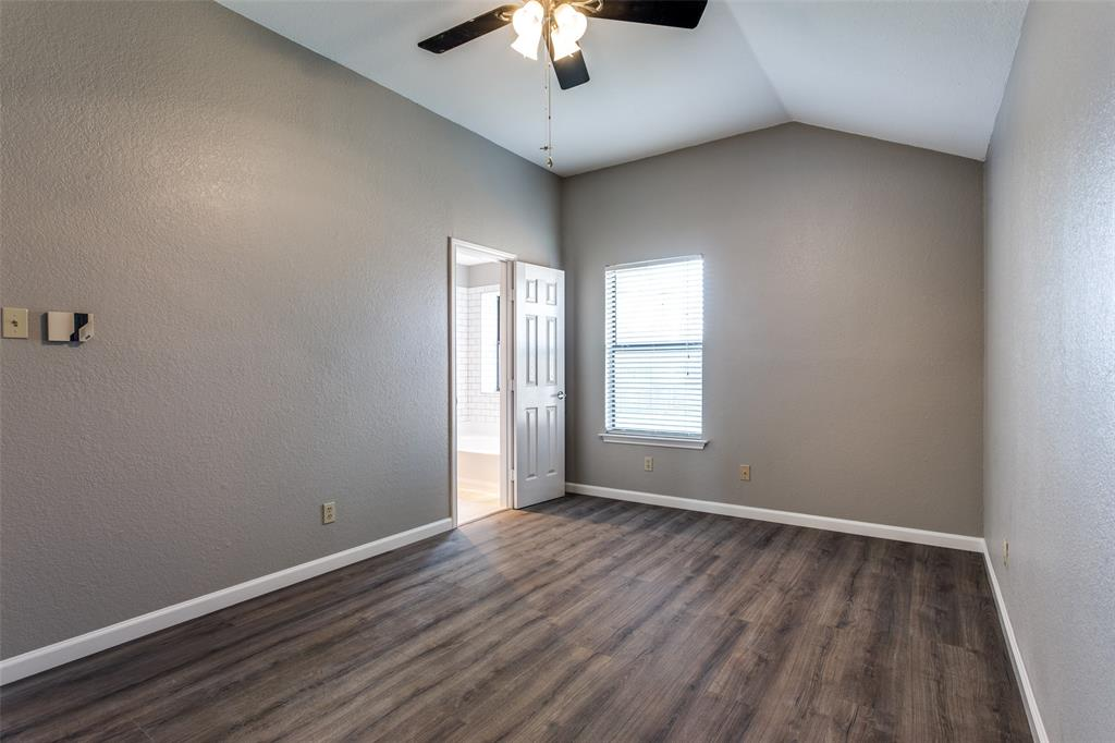 1725 Woodhall Way, Fort Worth, Texas 76134 - acquisto real estate best designer and realtor hannah ewing kind realtor