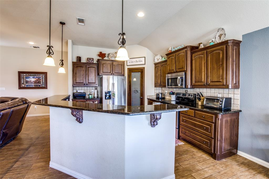 188 Sandpiper  Drive, Weatherford, Texas 76088 - acquisto real estate best real estate company to work for