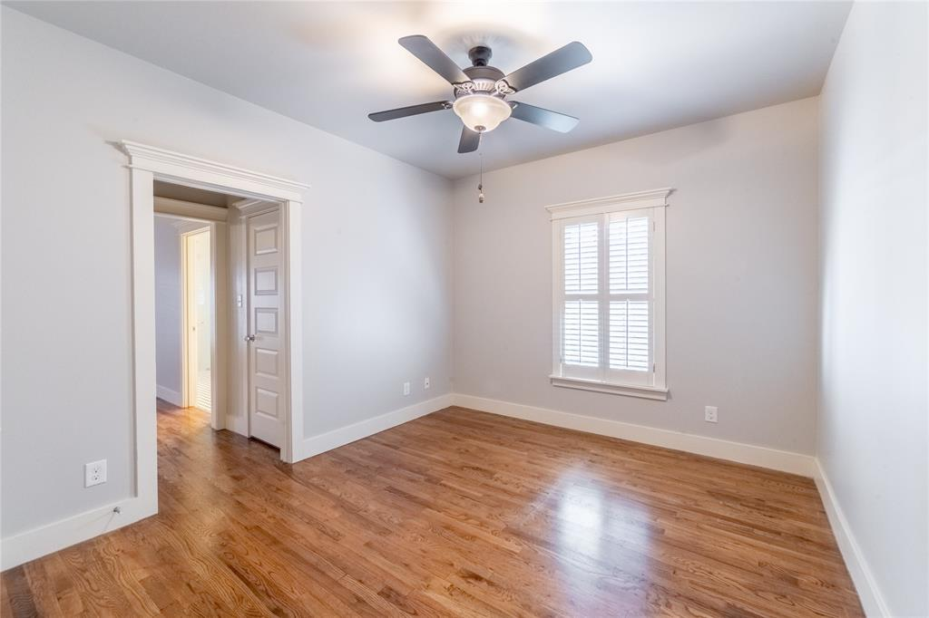 1325 Fairmount Avenue, Fort Worth, Texas 76104 - acquisto real estate best investor home specialist mike shepherd relocation expert