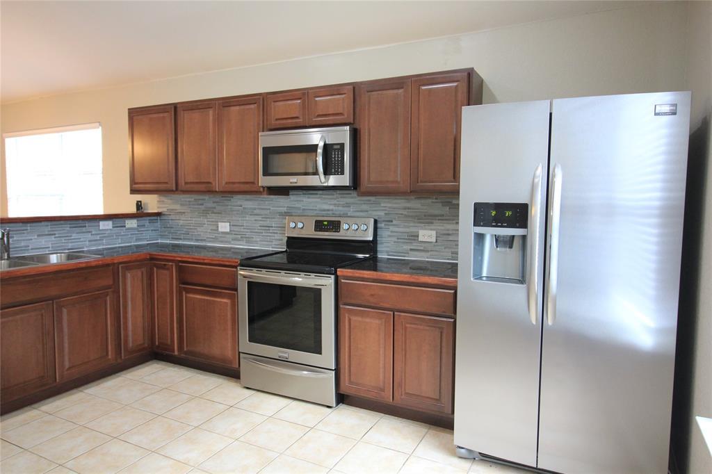 1217 Artesia  Drive, Fort Worth, Texas 76052 - acquisto real estate best highland park realtor amy gasperini fast real estate service