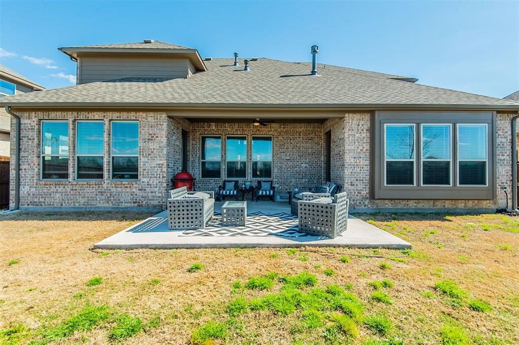 1917 Middleton Drive, Mansfield, Texas 76063 - acquisto real estate best frisco real estate agent amy gasperini panther creek realtor