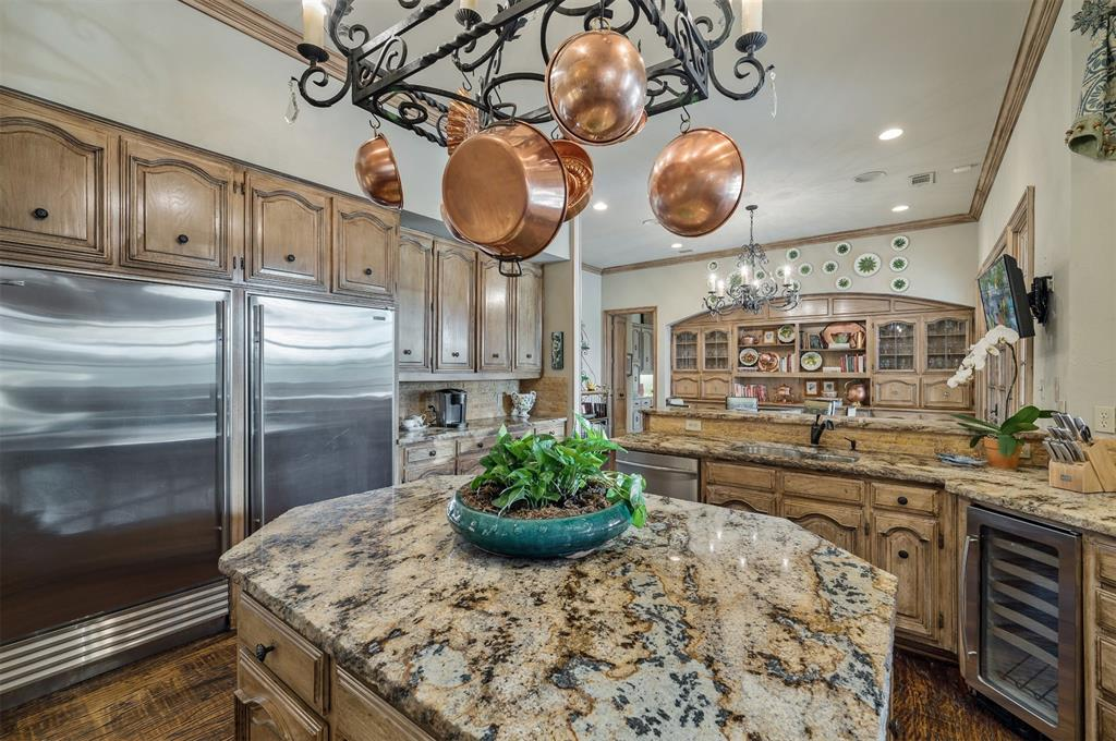 2405 Colonial Drive, Plano, Texas 75093 - acquisto real estate best realtor dallas texas linda miller agent for cultural buyers