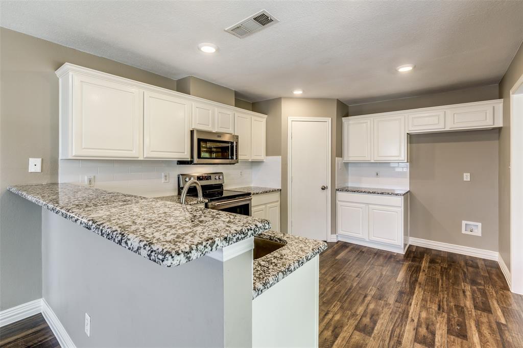 823 Ogden Drive, Arlington, Texas 76001 - acquisto real estate best luxury buyers agent in texas shana acquisto inheritance realtor