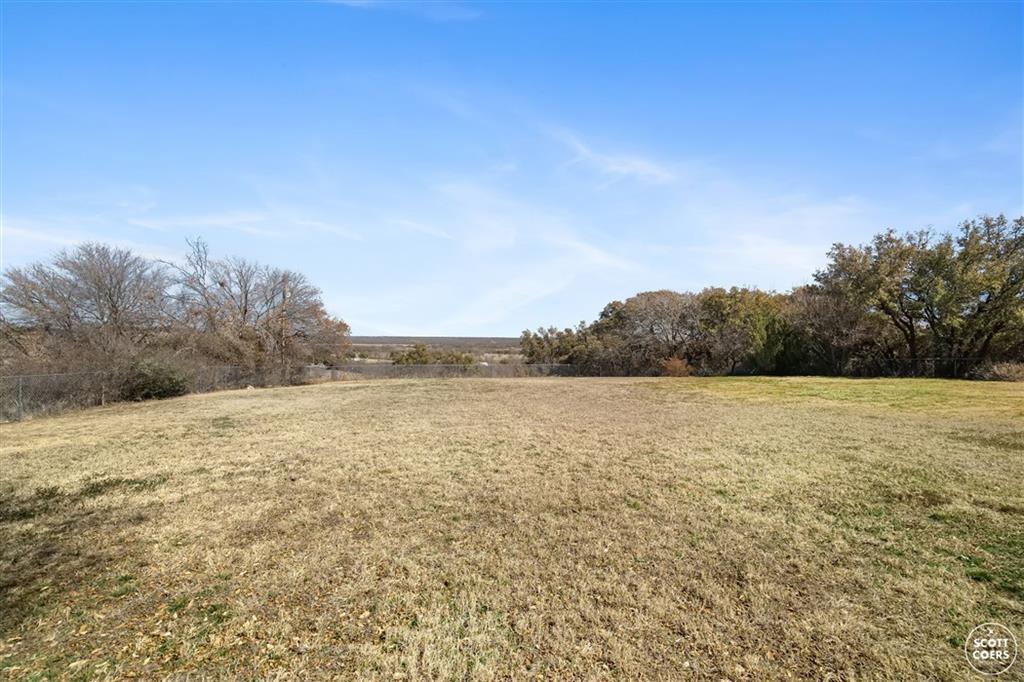 312 Lori Lane, Brownwood, Texas 76801 - acquisto real estate best flower mound realtor jody daley lake highalands agent of the year