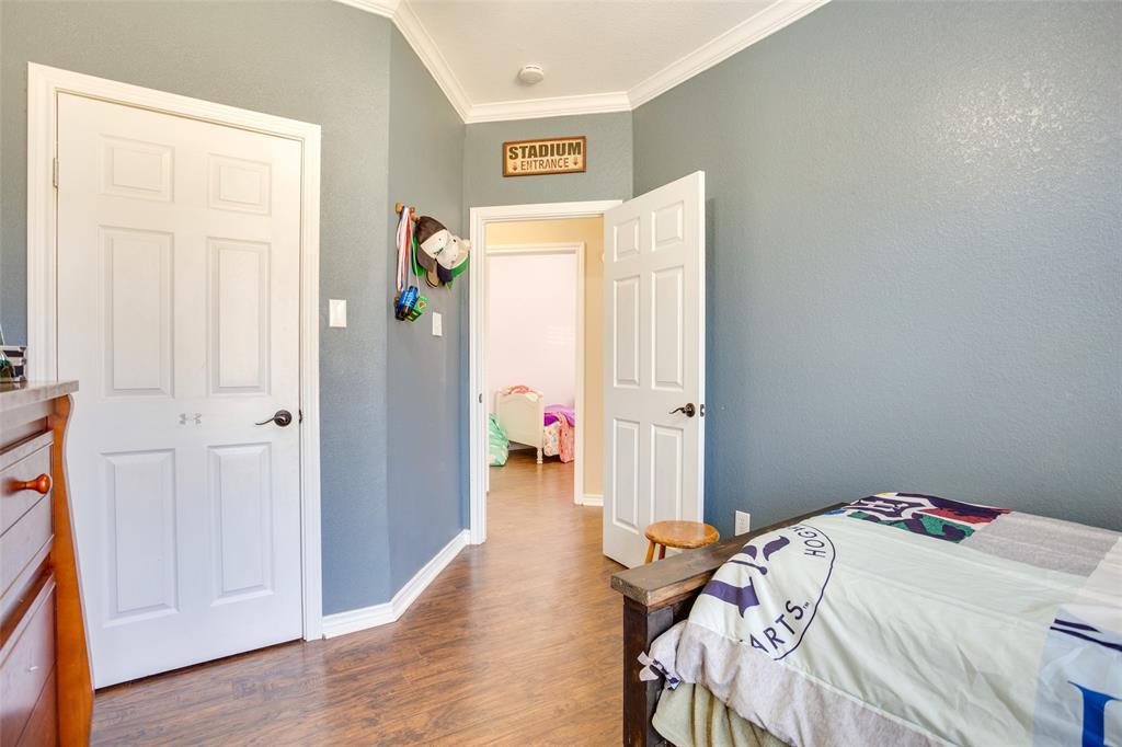 1341 Spinnaker Lane, Azle, Texas 76020 - acquisto real estate best listing photos hannah ewing mckinney real estate expert