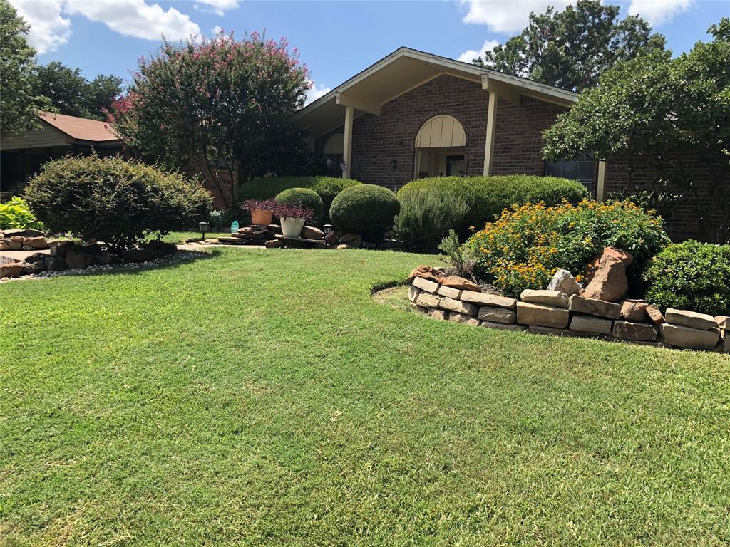 2329 Greenhill  Drive, Mesquite, Texas 75150 - Acquisto Real Estate best plano realtor mike Shepherd home owners association expert