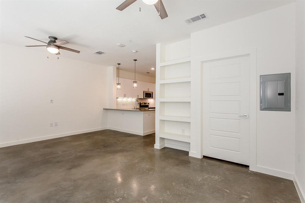 200 Bishop Avenue, Dallas, Texas 75208 - acquisto real estate best highland park realtor amy gasperini fast real estate service