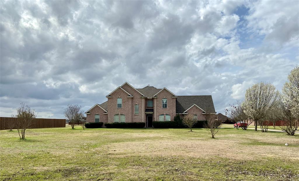 5025 April  Lane, Waxahachie, Texas 75165 - Acquisto Real Estate best plano realtor mike Shepherd home owners association expert