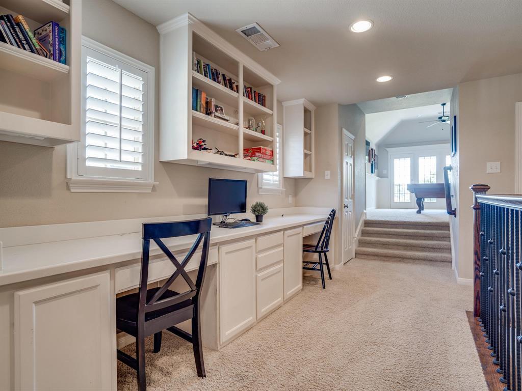 9105 Cypress Creek Road, Lantana, Texas 76226 - acquisto real estate best realtor dallas texas linda miller agent for cultural buyers